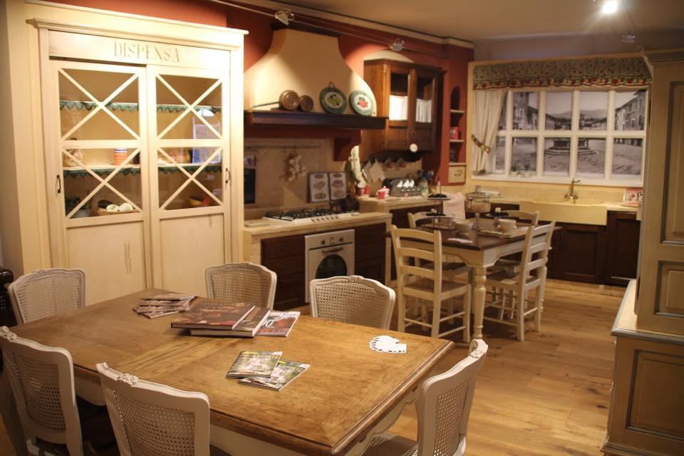 Cucine mobilificio giovannetti alfero san piero in bagno for Giovannetti arredamenti