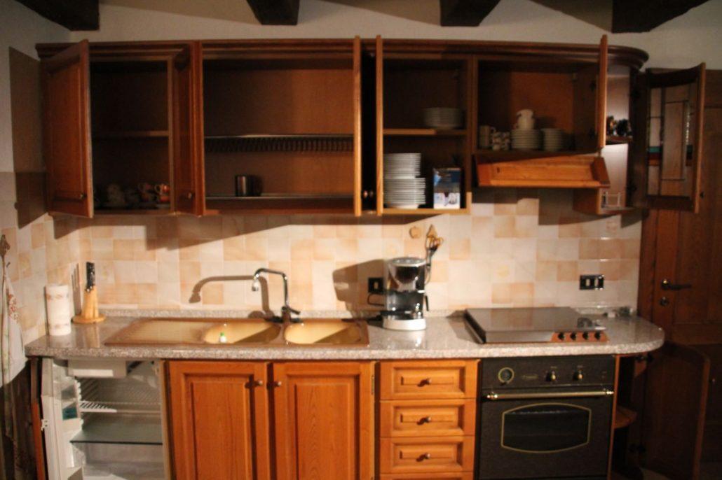 Emejing cucina in castagno photos home ideas - Giovannetti mobili ...